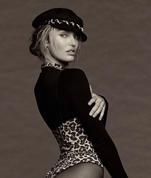 Siêu mẫu Candice Swanepoel tạo dáng bốc lửa với bodysuit - ảnh 1