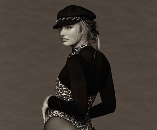 Siêu mẫu Candice Swanepoel tạo dáng bốc lửa với bodysuit - ảnh 2