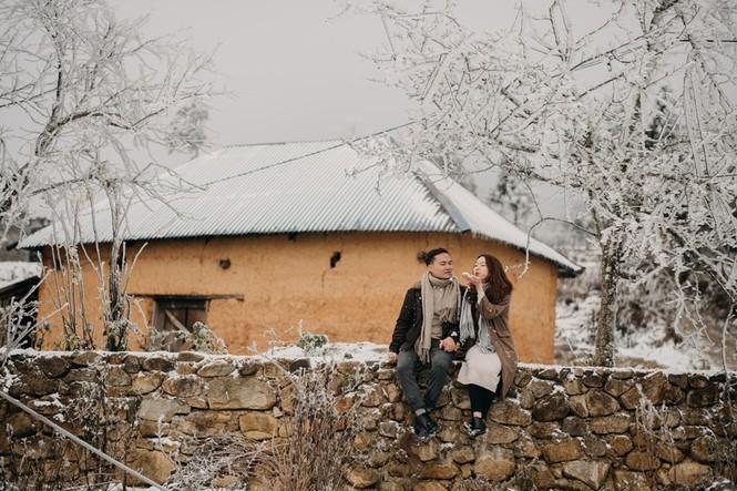 Cặp đôi chụp ảnh cưới lãng mạn giữa tuyết trắng ở Y Tý - ảnh 21