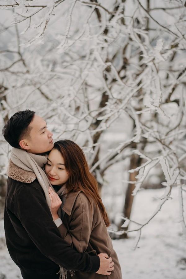 Cặp đôi chụp ảnh cưới lãng mạn giữa tuyết trắng ở Y Tý - ảnh 6