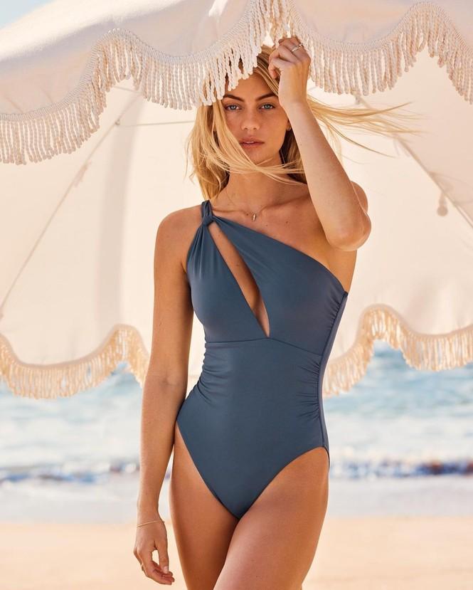Người mẫu áo tắm Elyse Knowles siêu quyến rũ khi mang bầu - ảnh 14