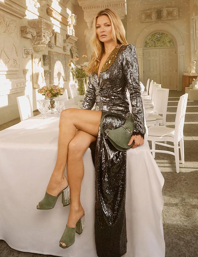 Kate Moss U50 gợi cảm đầy sức sống - ảnh 18