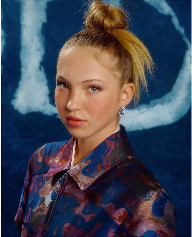 Kate Moss U50 gợi cảm đầy sức sống - ảnh 20