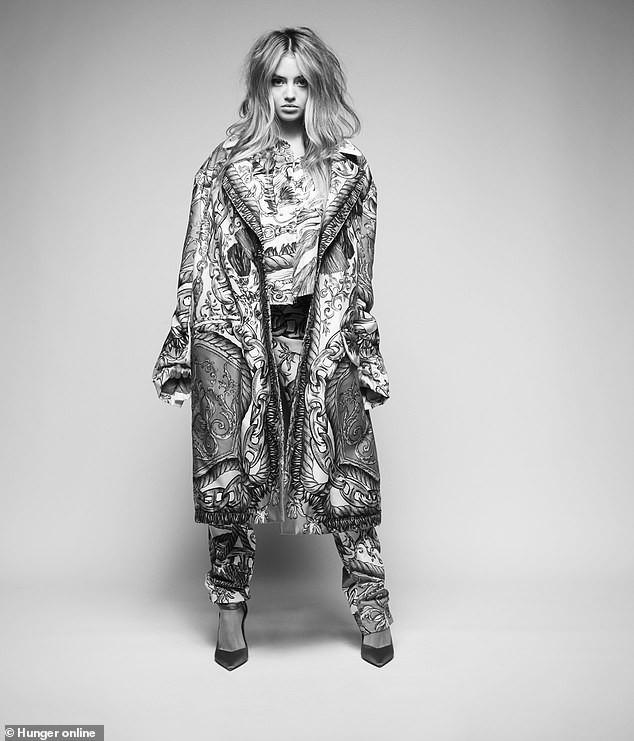 Con gái 16 tuổi của siêu mẫu Đức Heidi Klum cao 1m70, xinh như búp bê - ảnh 10