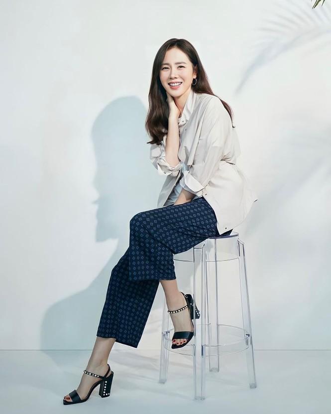 Son Ye Jin U40 trẻ đẹp rạng ngời - ảnh 4
