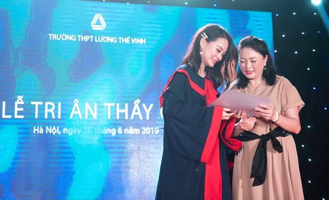 Tri ân cố PGS Văn Như Cương trong lễ trưởng thành của HS trường Lương Thế Vinh - ảnh 1