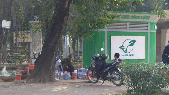 nvscc, nhà vệ sinh công cộng, trà đá quanh nhà vệ sinh, trà đá vỉa hè, quán cóc - ảnh 6