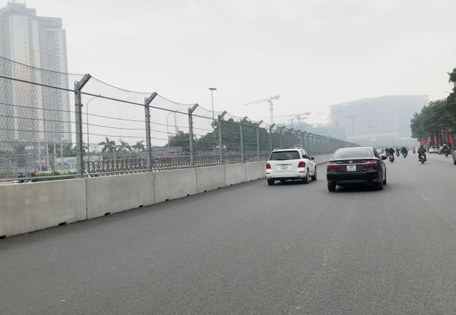 'Soi' mặt đường đua F1 Mỹ Đình có tốc độ 300km/h - ảnh 10