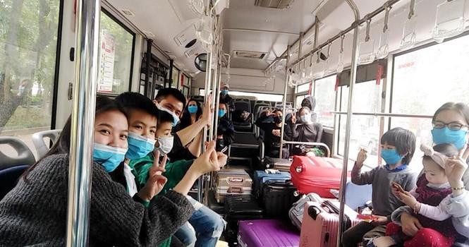 Tâm sự của tài xế xe buýt đưa người hết cách ly về địa phương - ảnh 1