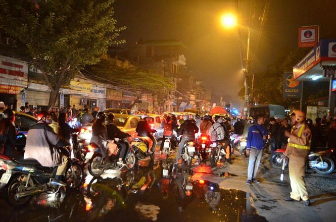 Cháy lớn tại 199 Minh Khai, Hà Nội - ảnh 5