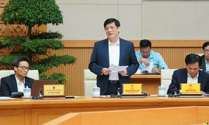 Thủ tướng Nguyễn Xuân Phúc: Tạm dừng các chuyến bay thương mại từ nước ngoài - ảnh 1