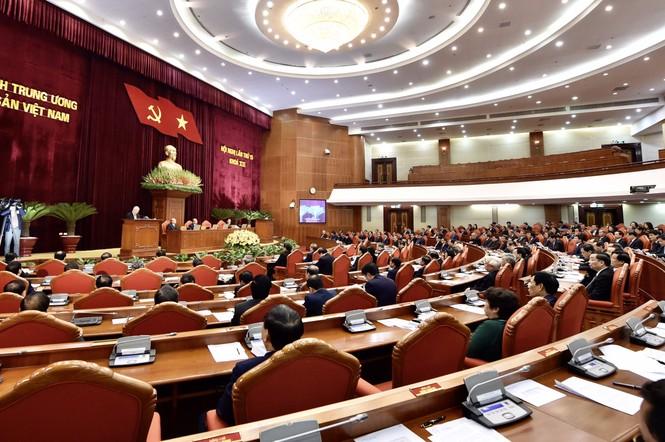 Khai mạc Hội nghị Trung ương lần thứ 15: Xem xét các trường hợp đặc biệt - ảnh 2