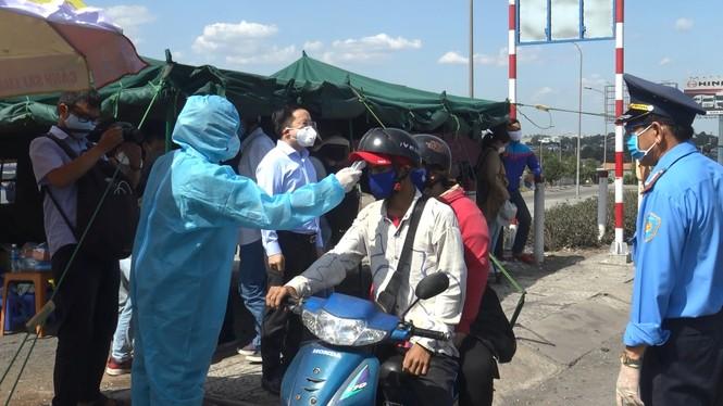 Bí thư Thành uỷ TPHCM: 'Kết quả chống dịch của TPHCM đến nay là rất tốt' - ảnh 2