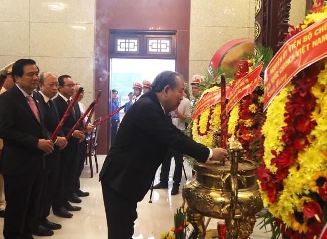 Phó Thủ tướng Thường trực Trương Hòa Bình dự Đại hội Đảng bộ Long An - ảnh 1