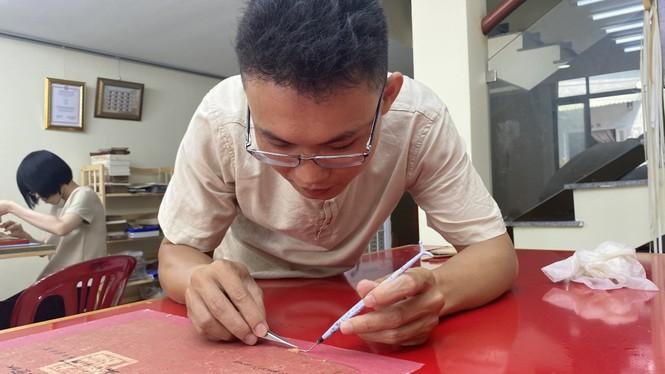 Đột nhập 'bệnh viện giấy' của chàng trai quê miền Trung - ảnh 8