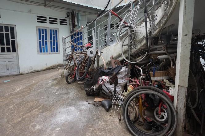 Chàng kỹ thuật viên 'hồi sinh' xe đạp cũ tặng học trò nghèo - ảnh 3