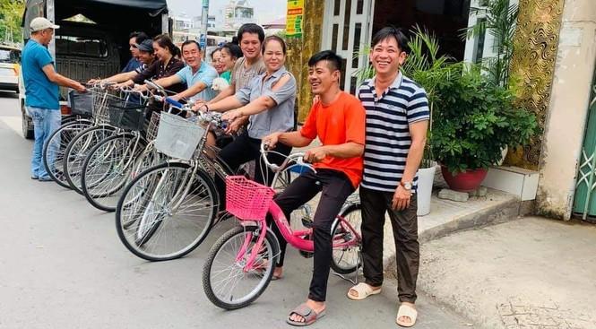 Chàng kỹ thuật viên 'hồi sinh' xe đạp cũ tặng học trò nghèo - ảnh 5