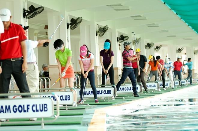 Sân golf 1.500 tỷ ở Hà Nội nhìn từ trên cao - ảnh 6