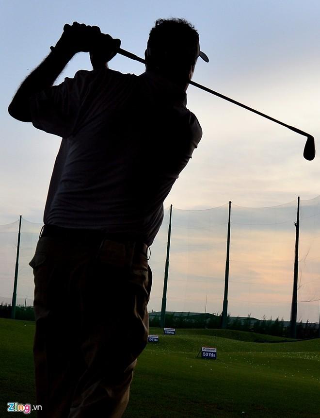 Sân golf 1.500 tỷ ở Hà Nội nhìn từ trên cao - ảnh 7