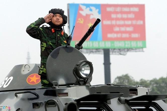 Dàn xe chống khủng bố tham gia bảo vệ Đại hội Đảng - ảnh 5