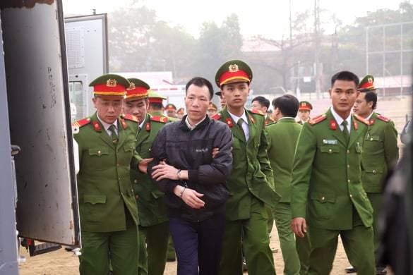 Các bị cáo đồng loạt 'chỉ điểm' kẻ chủ mưu, Bùi Văn Công 'phản cung' - ảnh 14