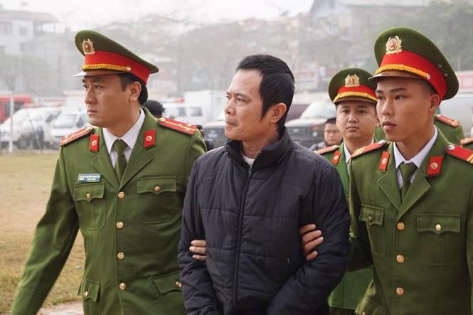 Các bị cáo đồng loạt 'chỉ điểm' kẻ chủ mưu, Bùi Văn Công 'phản cung' - ảnh 16