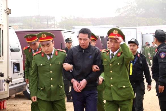 Các bị cáo đồng loạt 'chỉ điểm' kẻ chủ mưu, Bùi Văn Công 'phản cung' - ảnh 20