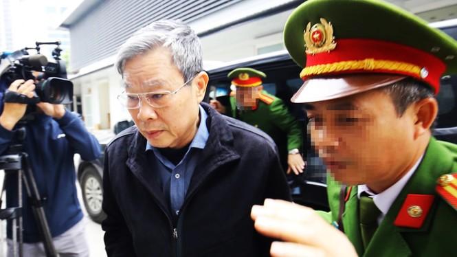 Cận cảnh các bị cáo ra tòa MobiFone mua AVG trước giờ tuyên án - ảnh 2