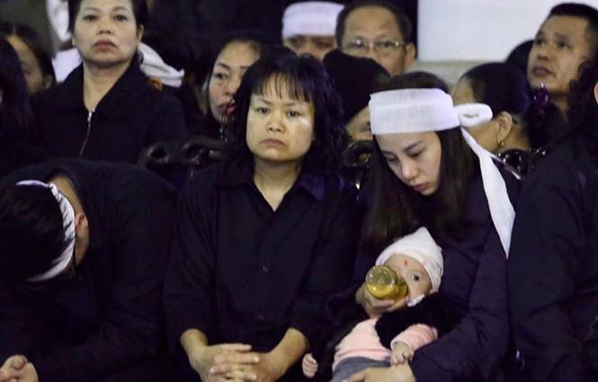 Xúc động tang lễ 3 liệt sĩ hy sinh ở Đồng Tâm - ảnh 8
