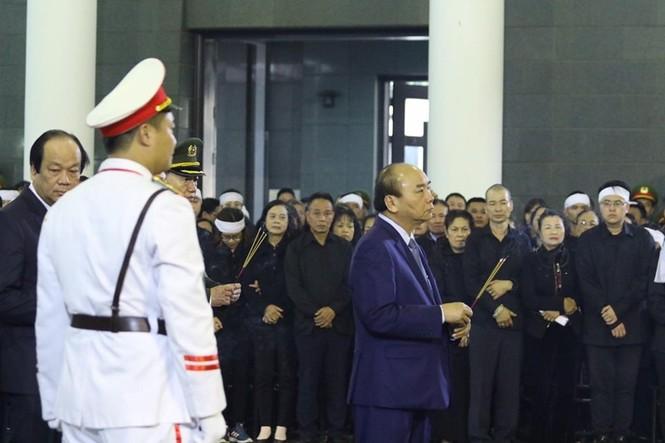 Xúc động tang lễ 3 liệt sĩ hy sinh ở Đồng Tâm - ảnh 4