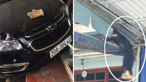 Ô tô tông người đi xe máy văng lên mái nhà, 2 bố con tử vong: Tài xế đã ra trình diện - ảnh 1