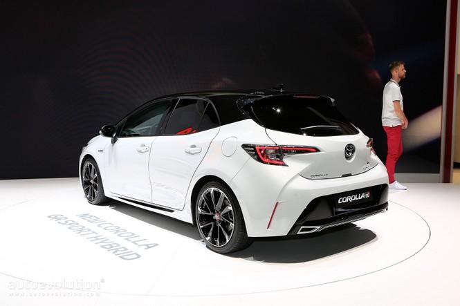 Toyota Corolla 2019 không được đánh giá cao tại Anh  - ảnh 3