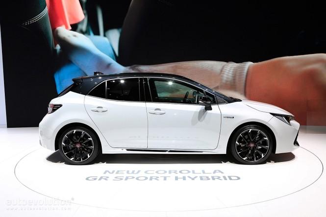 Toyota Corolla 2019 không được đánh giá cao tại Anh  - ảnh 2