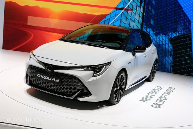 Toyota Corolla 2019 không được đánh giá cao tại Anh  - ảnh 1