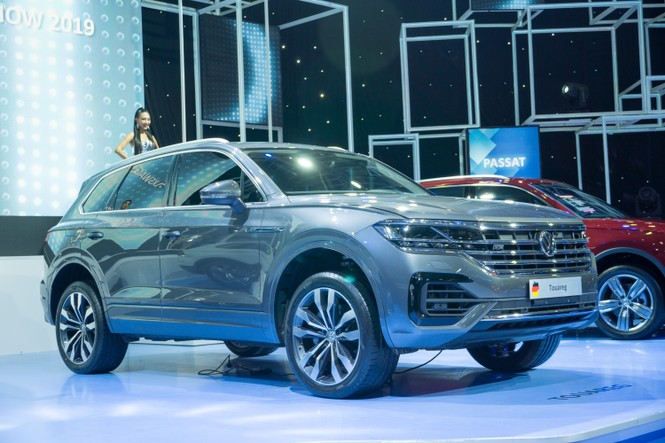 Khó xử phạt đối với vụ xe Volkswagen có 'đường lưỡi bò'? - ảnh 1