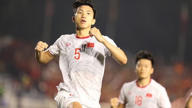 U22 Việt Nam vô địch SEA Games: Khi con sư tử cúi chào rừng già - ảnh 4