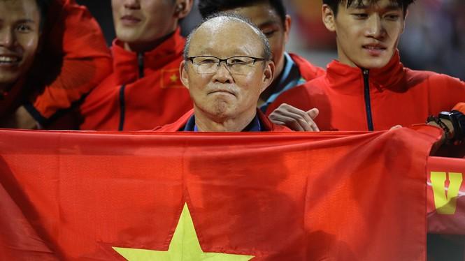 U22 Việt Nam vô địch SEA Games: Khi con sư tử cúi chào rừng già - ảnh 5