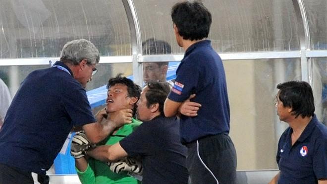 U22 Việt Nam vô địch SEA Games: Khi con sư tử cúi chào rừng già - ảnh 1
