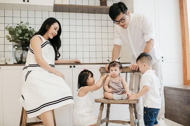 Cô gái H'Mông, Huyền Lizzie, Gào đều ly hôn trong năm 2019 - ảnh 7