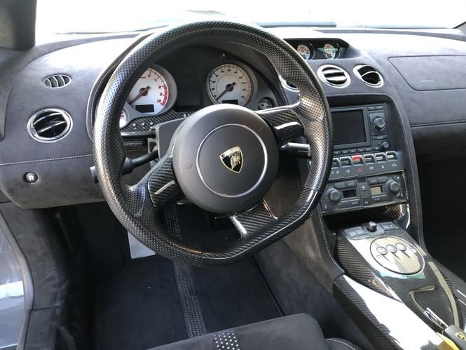 Siêu xe Lamborghini Gallardo Superleggera 2008 được đấu giá 1,8 tỷ đồng - ảnh 14