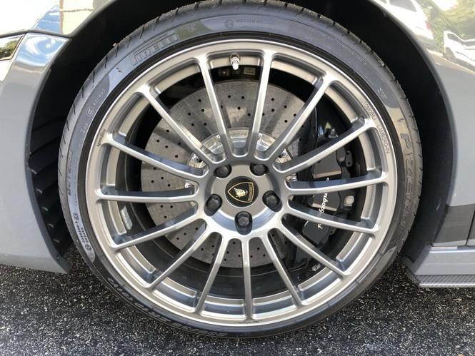 Siêu xe Lamborghini Gallardo Superleggera 2008 được đấu giá 1,8 tỷ đồng - ảnh 10