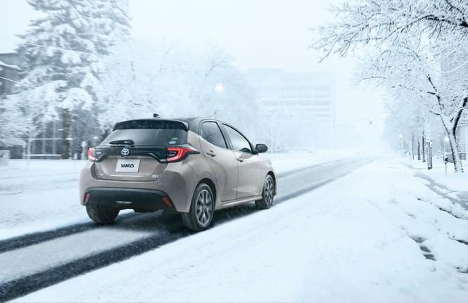 Toyota Yaris thế hệ mới giá 295 triệu đồng tại Nhật Bản - ảnh 1