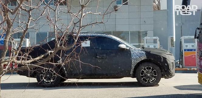Bán tải Hyundai Santa Cruz lộ ảnh chạy thử - ảnh 3