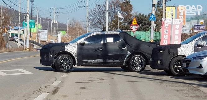 Bán tải Hyundai Santa Cruz lộ ảnh chạy thử - ảnh 2