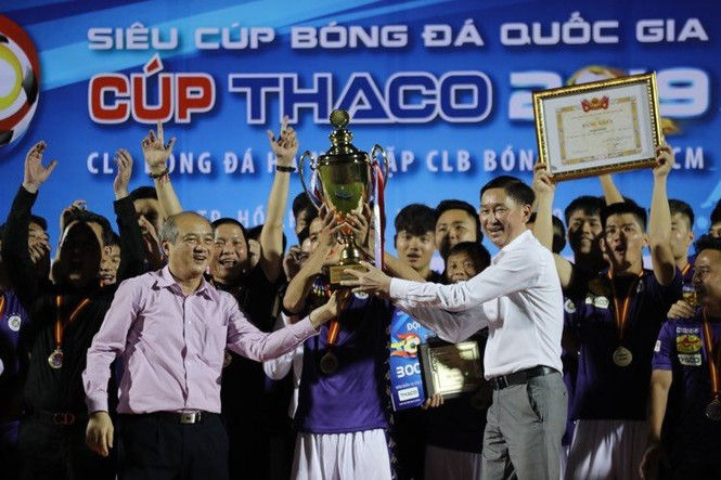 Khoảnh khắc Hà Nội FC nhận Siêu cúp Quốc gia - ảnh 5