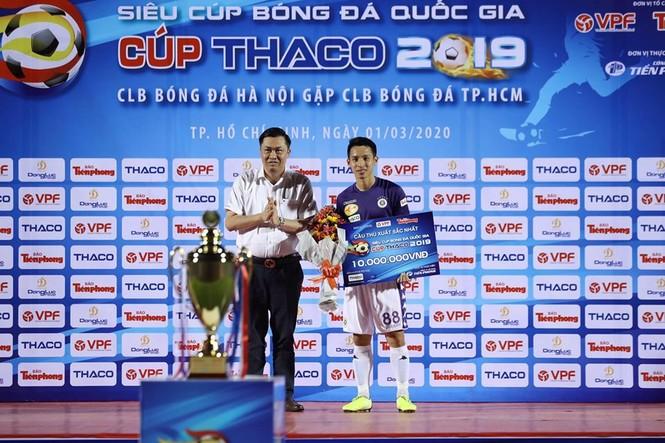 Khoảnh khắc Hà Nội FC nhận Siêu cúp Quốc gia - ảnh 10