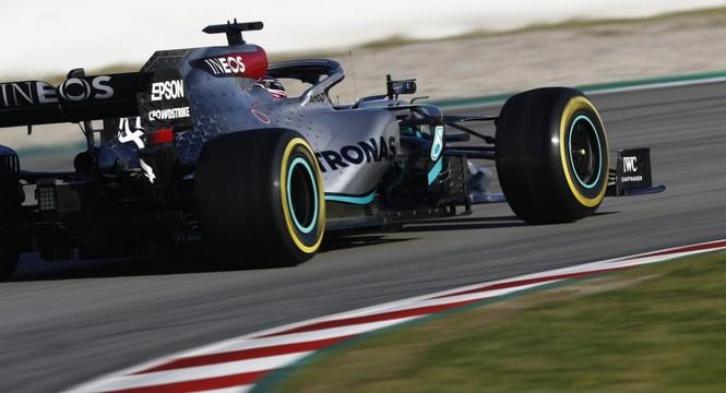 Giải đua xe F1 sẽ bắt đầu vào cuối tháng 5? - ảnh 1