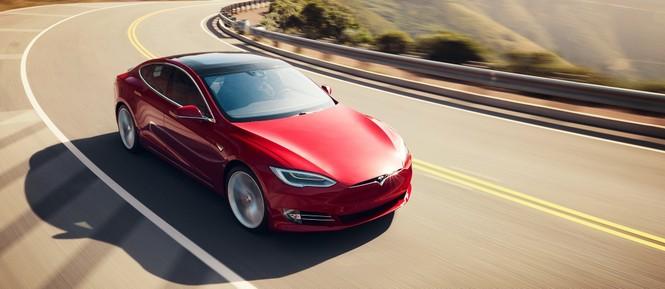 Giá cổ phiếu Tesla là 'bong bóng'? - ảnh 1