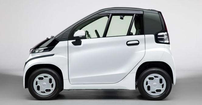 Toyota ra mắt ôtô điện 2 chỗ, phạm vi hoạt động 150 km - ảnh 2