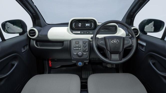 Toyota ra mắt ôtô điện 2 chỗ, phạm vi hoạt động 150 km - ảnh 4